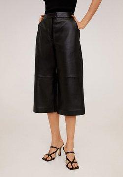 Mango - OTTAWA - Pantalon en cuir - schwarz