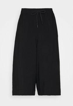 Opus - MALEKI - Shorts - black