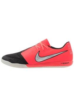 Nike Performance - ZOOM PHANTOM PRO IC - Indoor football boots - laser crimson/metallic silver/black