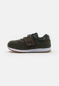 New Balance - YV574PGO UNISEX - Matalavartiset tennarit -  green