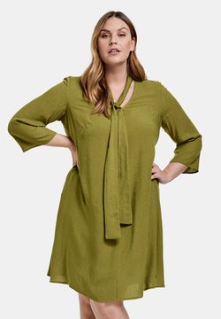 Samoon - MIT SCHLUPPE - Sukienka letnia - avocado green