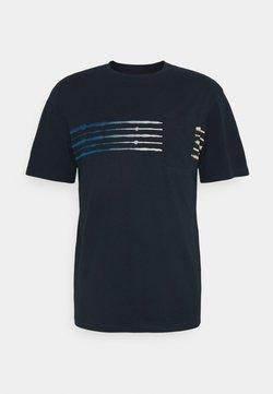 Jack & Jones - JORSHIBORI TEE CREW NECK - T-Shirt print - navy blazer
