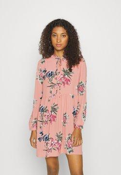 Vero Moda - VMSAGA SHORT DRESS - Vapaa-ajan mekko - misty rose/sita