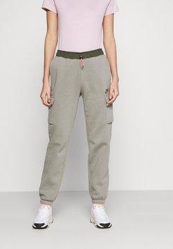 Nike Sportswear - PANT - Jogginghose - light army/cargo khaki