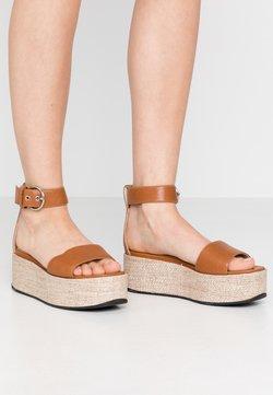 Vagabond - FELICIA - Korkeakorkoiset sandaalit - saddle