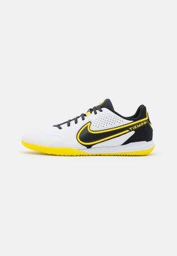 Nike Performance - REACT TIEMPO LEGEND 9 PRO IC - Halówki - white/dark smoke grey/black/yellow strike