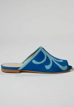 Jerelyn Creado - BLUEBELL - Sandalias planas - royal blue