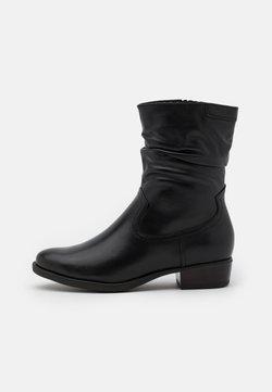 Tamaris - BOOTS  - Korte laarzen - black