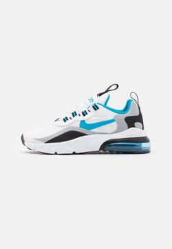 Nike Sportswear - NIKE AIR MAX 270 RT BP - Sneakersy niskie - white/laser blue/wolf grey/black
