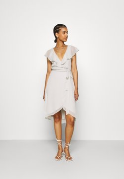 Nly by Nelly - DASHING FLOUNCE DRESS - Vestito elegante - light grey