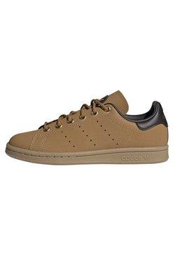 adidas Originals - STAN SMITH - Sneaker low - brown