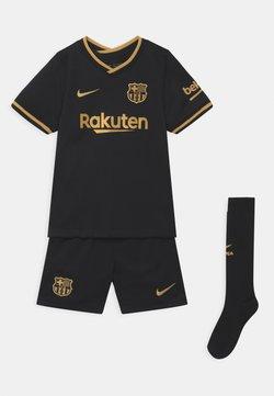 Nike Performance - FC BARCELONA SET UNISEX - Pantalón corto de deporte - black/metallic gold