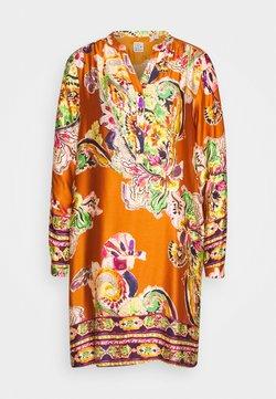 Emily van den Bergh - Freizeitkleid - camel/multicolour