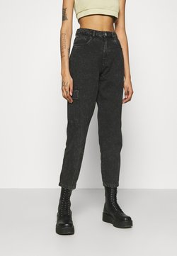 Noisy May - NMMABEL MOM POCKET ANKLE PANTS - Jeans Relaxed Fit - black