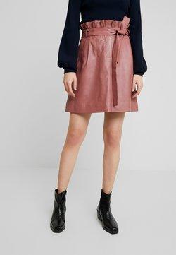 Stella Nova - LAYA - A-line skirt - cherry