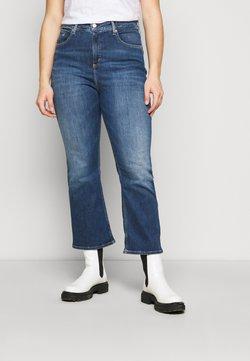 Calvin Klein Jeans Plus - HIGH RISE FLARE - Jeans Relaxed Fit - dark blue denim
