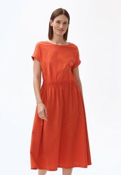 TATUUM - Sukienka letnia - orange