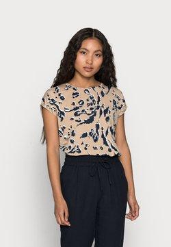 Vero Moda Petite - VMAVA PLAIN PETITE - T-Shirt print - beige