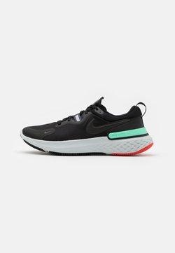 Nike Performance - REACT MILER - Zapatillas de running neutras - black/iron grey/green glow/chile red/photon dust