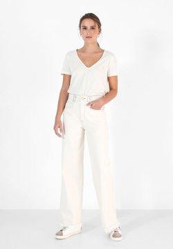 Scalpers - GABINY  - Jeans a zampa - ecru