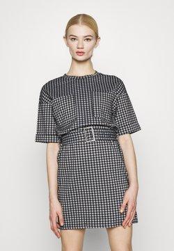 Noisy May - NMHOUND DRESS - Korte jurk - bright white/black