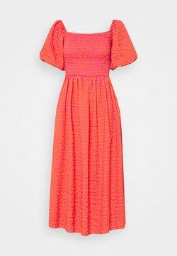 Never Fully Dressed Petite - GINGHAM DRESS - Maxikleid - orange