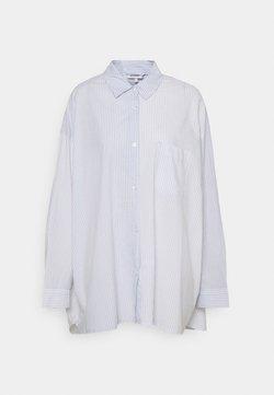Weekday - RIVIERA OVERSIZED  - Skjorta - blue/white