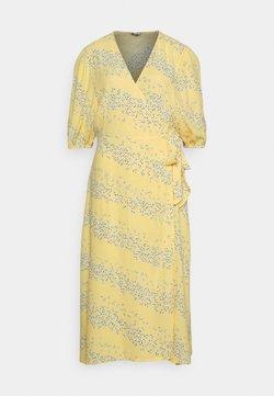 mbyM - ANGELO - Freizeitkleid - sereia yellow