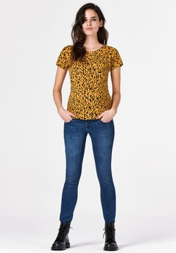 Supermom - LEOPARD - T-Shirt print - honey mustard