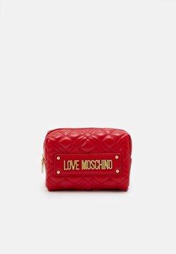 Love Moschino - NEW SHINY QUILTED - Toiletti-/meikkilaukku - red