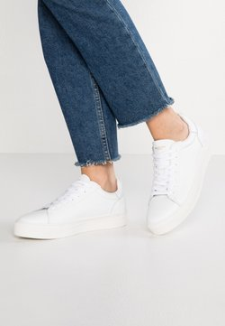 Selected Femme - SLFDONNA TRAINER  - Sneakers laag - white