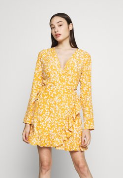 Missguided Petite - TIE BELT RUFFLE HEM WRAP TEA DRESS FLORAL - Freizeitkleid - yellow
