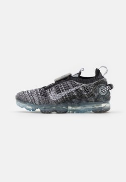 Nike Sportswear - AIR MAX VAPORMAX FK - Baskets basses - black/white/grey fog