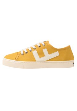 Flamingos' Life - RANCHO - Sneaker low - mustard/ivory