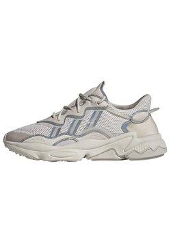 adidas Originals - OZWEEGO - Sneaker low - beige