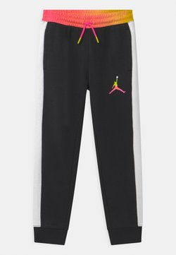 Jordan - JUMPMAN AIR RISE - Jogginghose - black