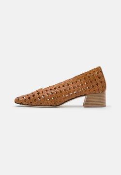 MIISTA - TAISSA - Classic heels - camel