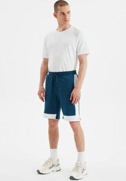 Trendyol - Shorts - blue