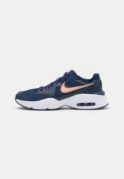 Nike Sportswear - AIR MAX FUSION  - Sneakersy niskie - midnight navy/metallic red bronze/white