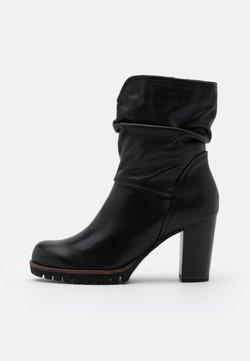 Marco Tozzi - BOOTS - Platform ankle boots - black antic