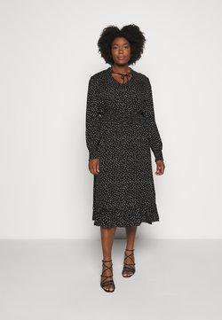 ONLY Carmakoma - CARLOLA CALF DRESS - Sukienka letnia - black/white