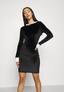 Missguided - HALLOWEEN EXAGGERATED COLLAR BODYCON DRESS - Shift dress - black