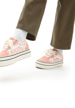 Vans - UA Super ComfyCush Old Skool - Sneaker low - suede canvas peachmshmlw