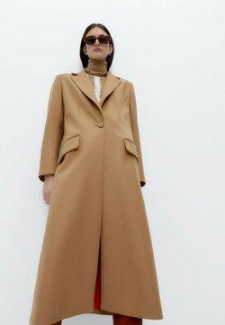 Uterqüe - Klasyczny płaszcz - brown