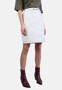 Oakwood - CELIA - Minirok - white