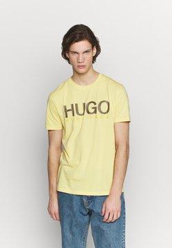 HUGO - DOLIVE - Camiseta estampada - light pastel yellow