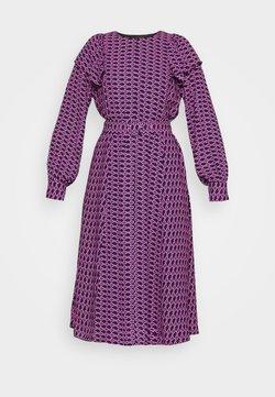 Cras - BETTYCRAS DRESS - Sukienka letnia - pink/black