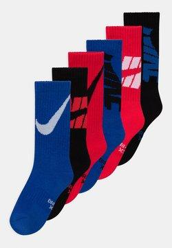 Nike Sportswear - CREW 6 PACK UNISEX - Socken - red/blue/black