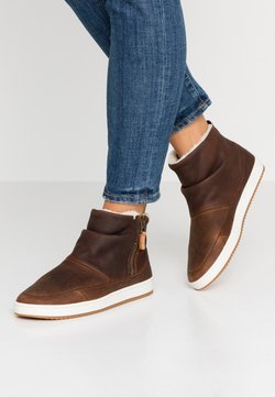 HUB - RIDGE - Ankle boots - dark brown/offwhite