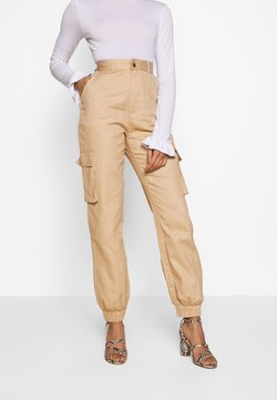 Missguided Petite - PLAIN CARGO TROUSER - Cargo trousers - sand